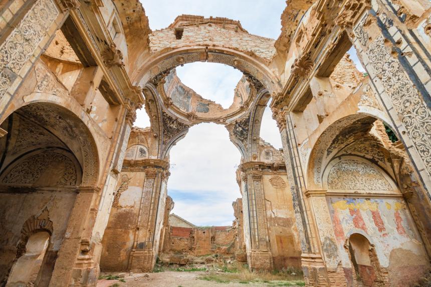 lugares abandonados bonitos