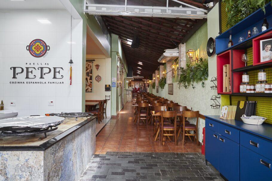 Antes de visitar o restaurante é preciso fazer sua reserva!