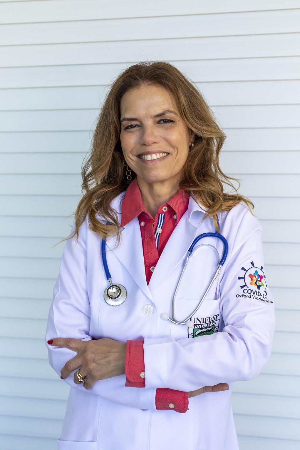 Uma das homenageadas pela campanha é a cientista carioca Sue Ann Costa Clemens. Ela coordenou a força-tarefa responsável pelos testes clínicos da vacina contra o rotavírus em 2005, recrutando mais de 60 mil voluntários na América Latina em seis meses