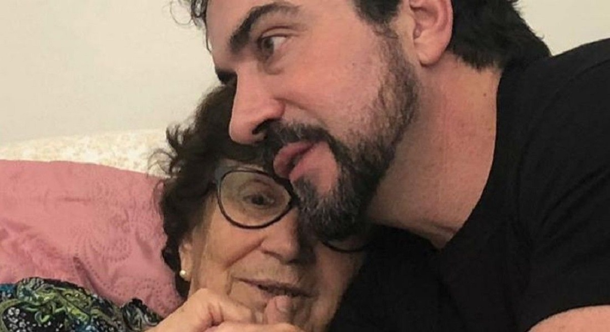 Padre Fábio de Melo avisa que mãe precisou ser intubada por causa da Covid-19