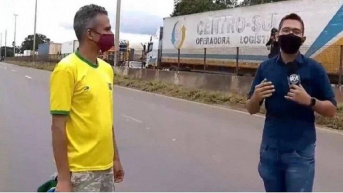 Repórter de afiliada do SBT é agredido por homem com camiseta da seleção