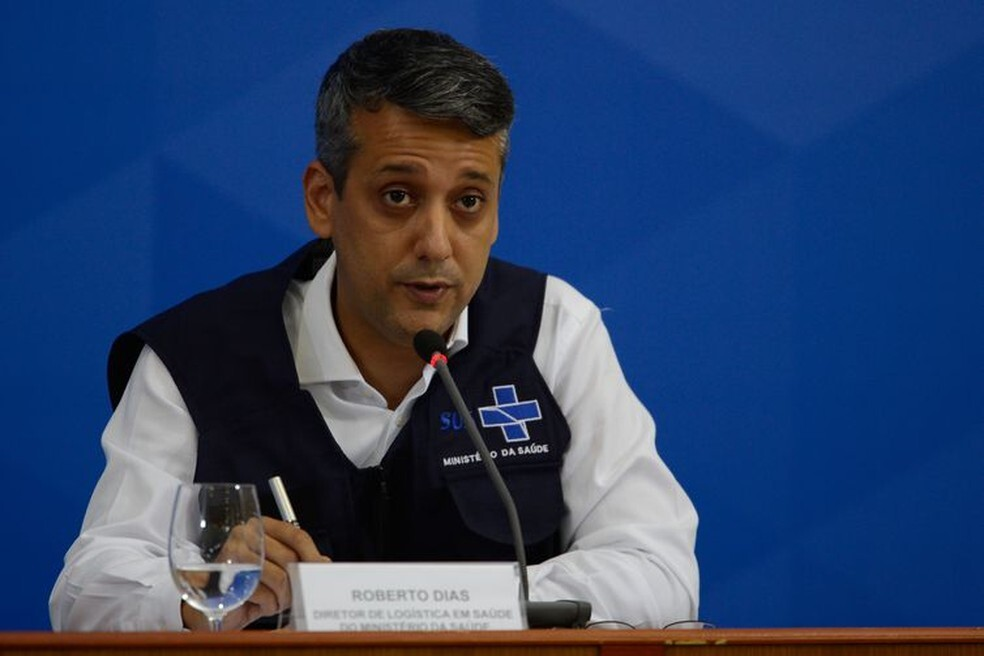 Governo Bolsonaro demite diretor citado como autor de pedido de propina