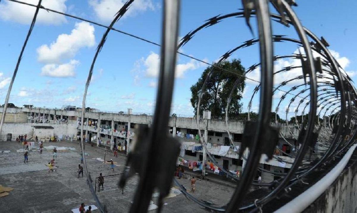 PR: Reféns escapam de rebelião após presos dormirem