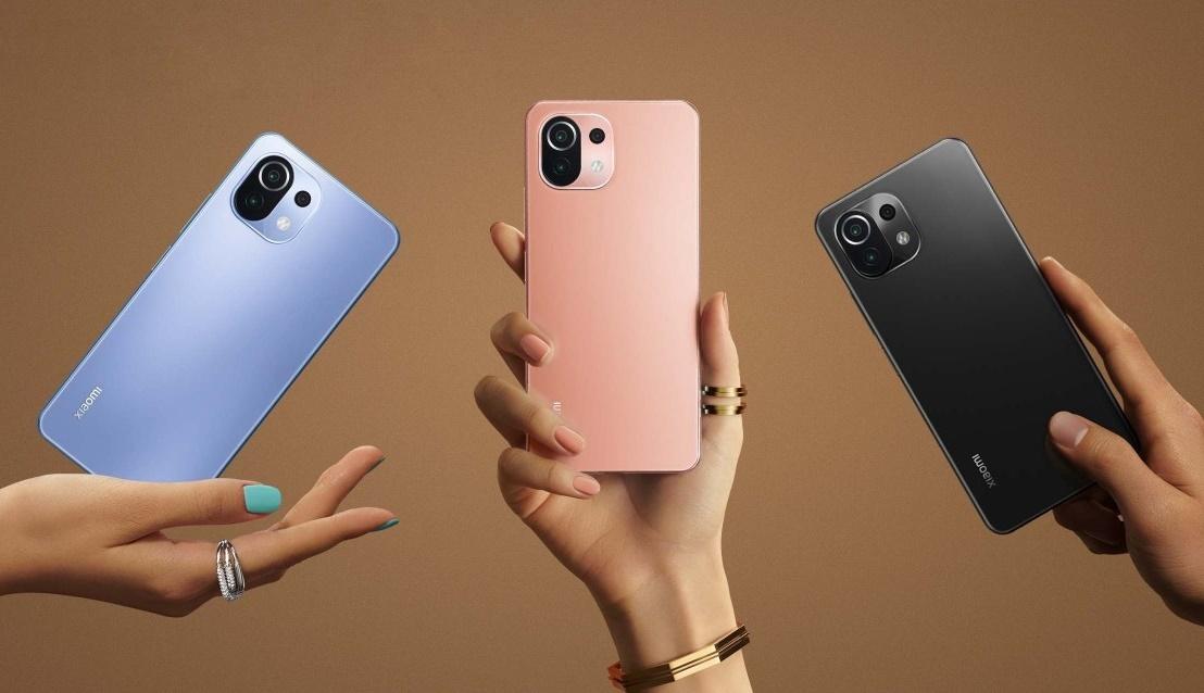 Xiaomi 11 Lite 5G está custando na promoção entre R$ 1.969,86 e R$ 2.477,91, dependendo do combo escolhido