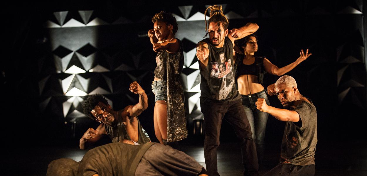 """""""Pai Contra Mãe"""", da Cia. Fusion de Danças Urbanas, é um dos espetáculos que foi encenado dentro do circuito do SESI"""