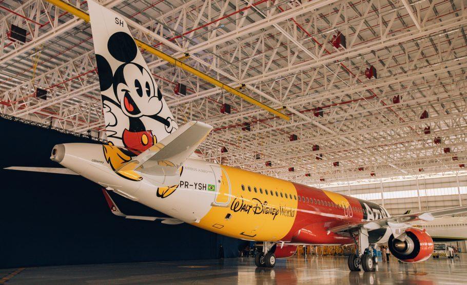 avião Mickey Azul Disney