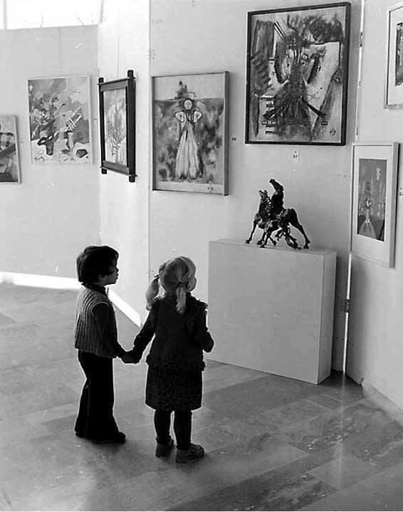 crianças-escultuta