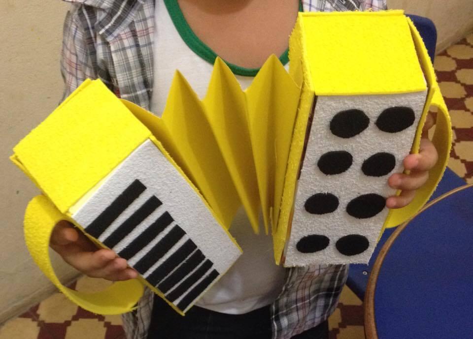 Onde Comprar Adesivo De Geladeira Em Recife ~ [Fotos] Instrumentos musicais para fazer em casa com as