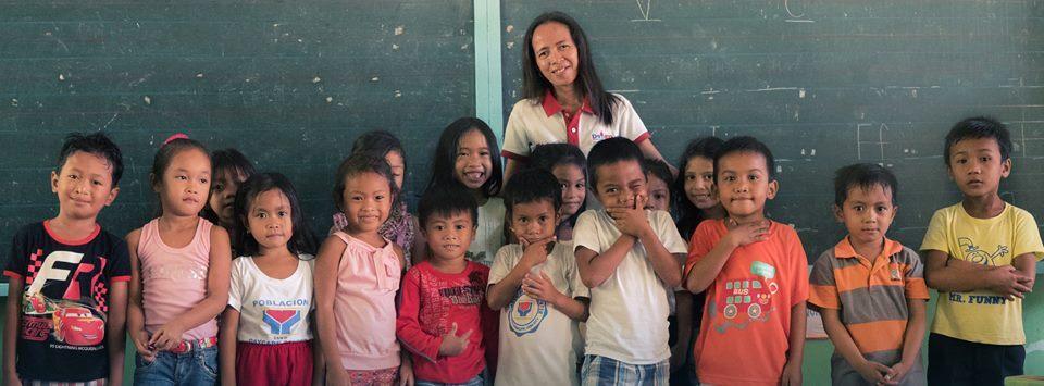 O projeto entrevistou quase 100 professores de 29 países, e agora deve virar livro e documentário.