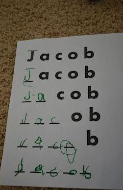 Opção para crianças que já sabem escrever o próprio nome.