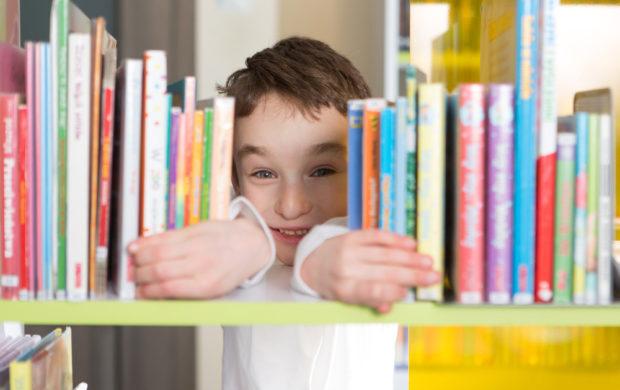 Ler para e com uma criança é incentivar a imaginação e proporcionar momentos de autoconhecimento e conexão.