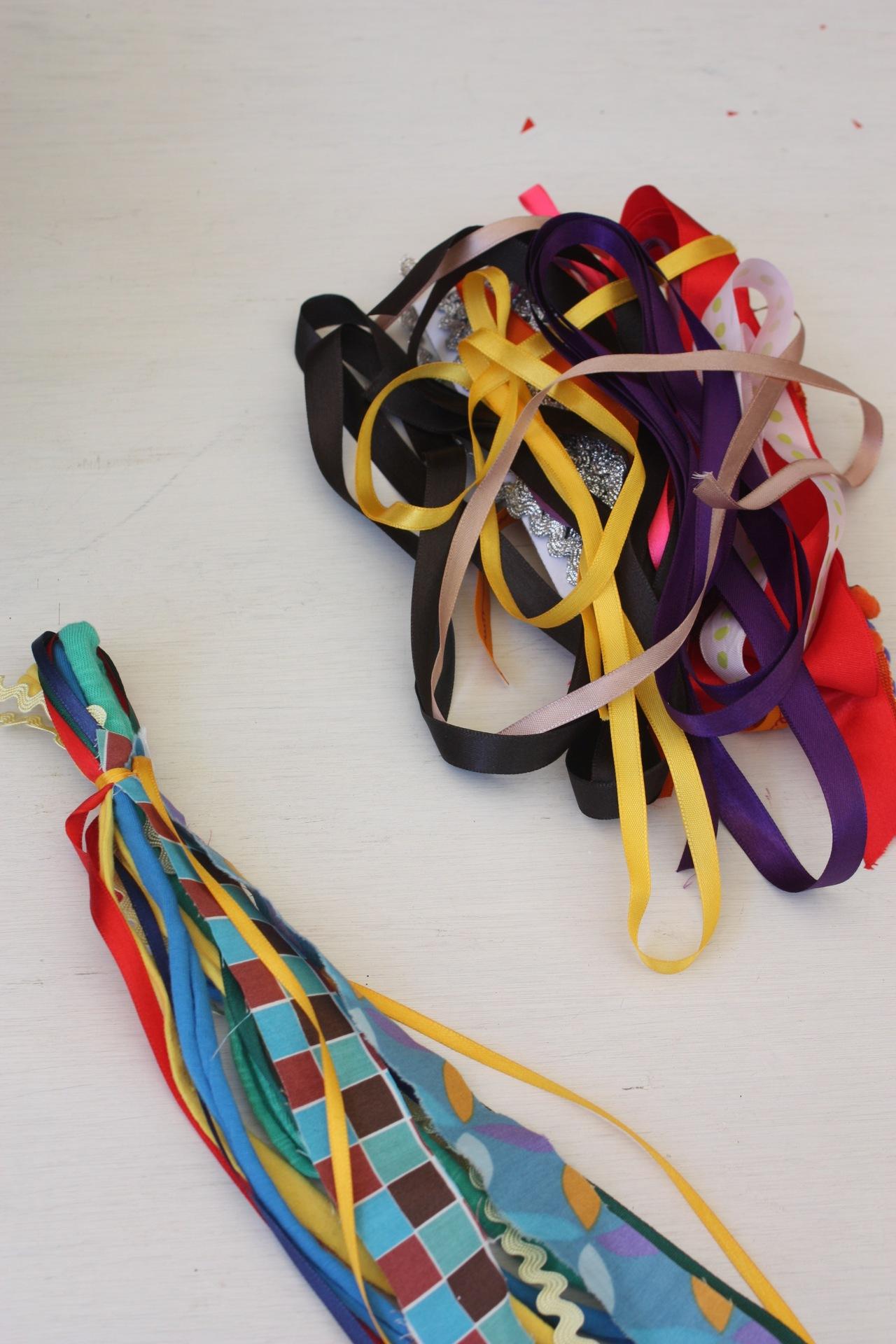 Inspirações para criar a sua própria festinha de Carnaval em casa.