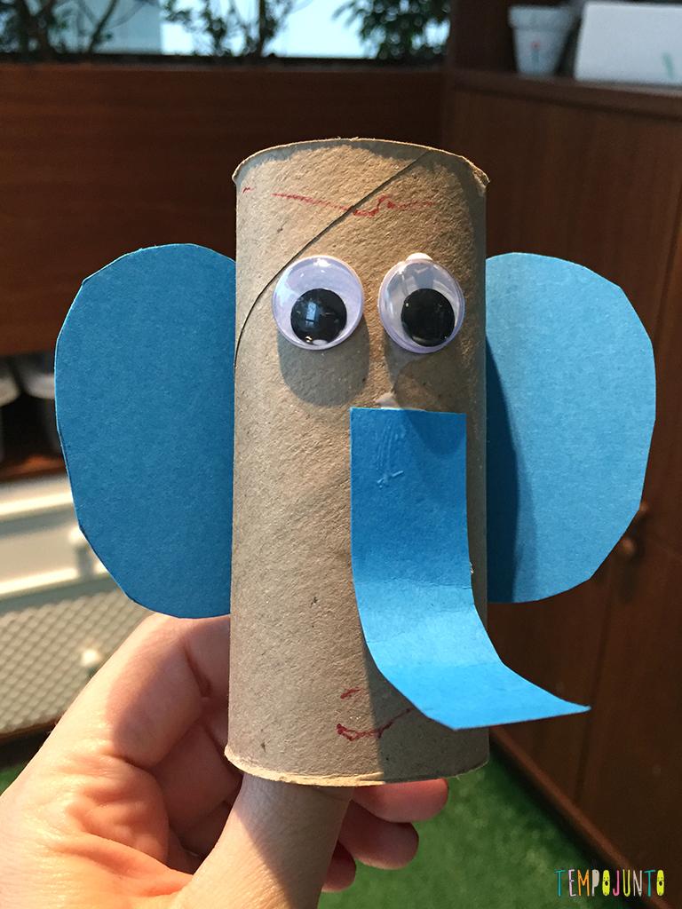 Veja 10 timas brincadeiras para fazer com crian as de 2 a for Colgadores para papel higienico