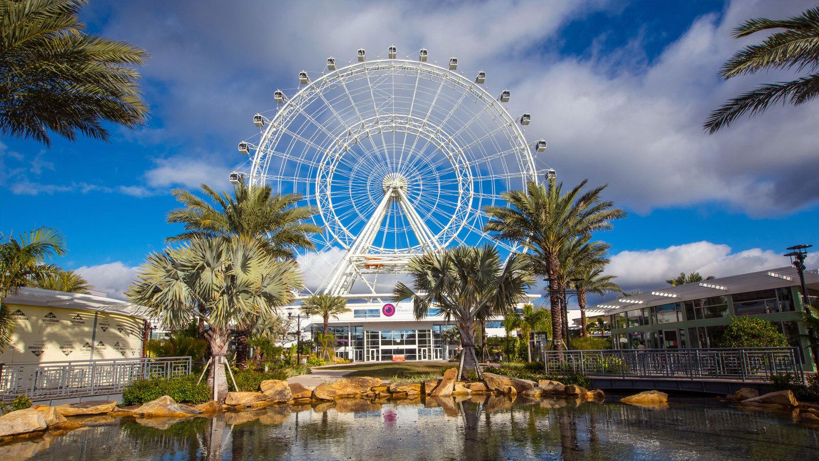 I-Drive 360, complexo com roda-gigante, museu de cera, aquário e bares