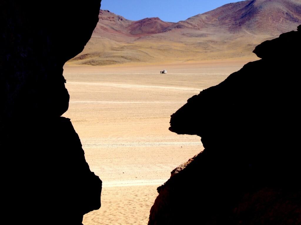 Vista do deserto onde se localiza a 'Árvore da Vida', na Bolívia