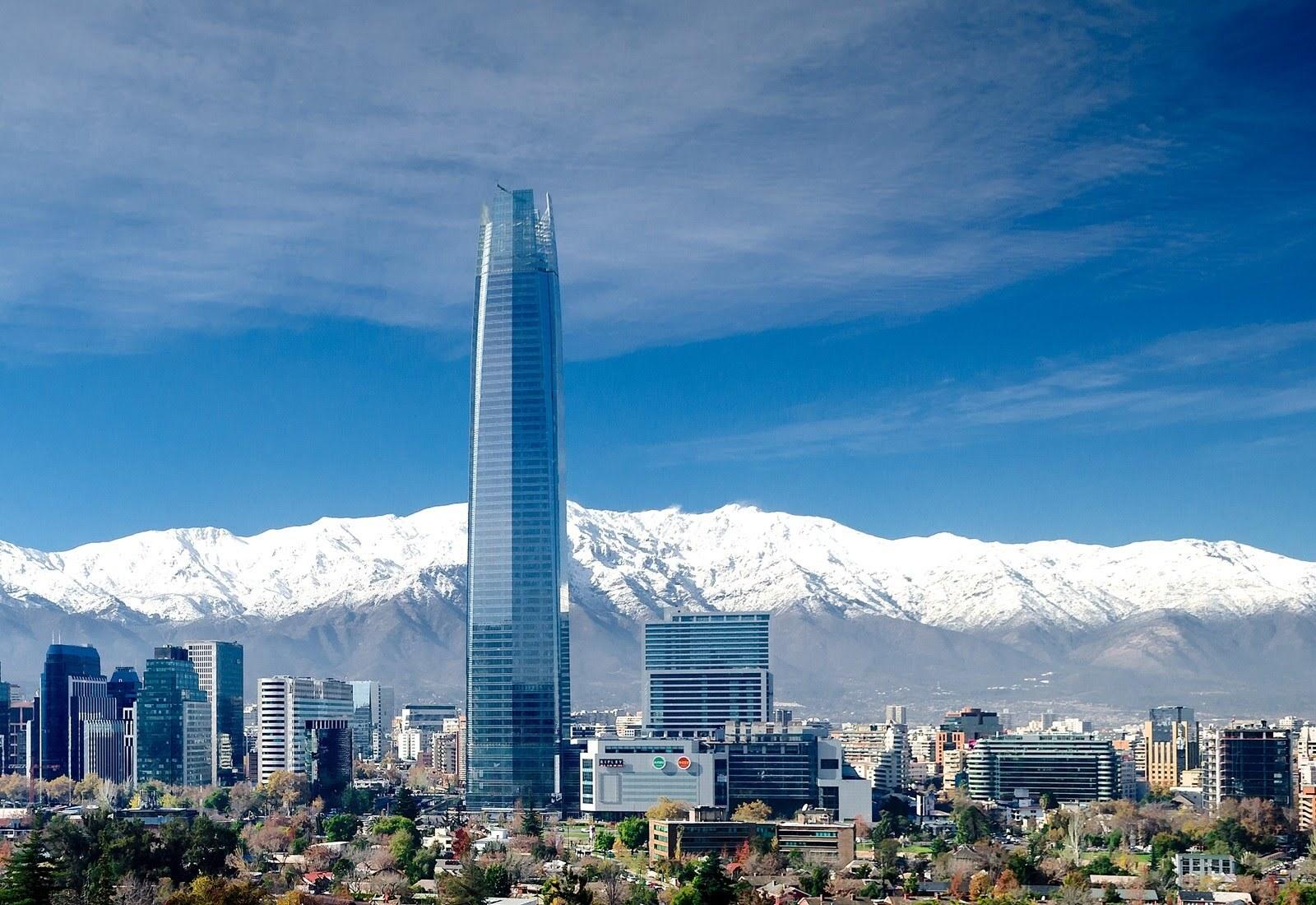 Vista do Sky Costanera, o prédio mais alto da América Latina