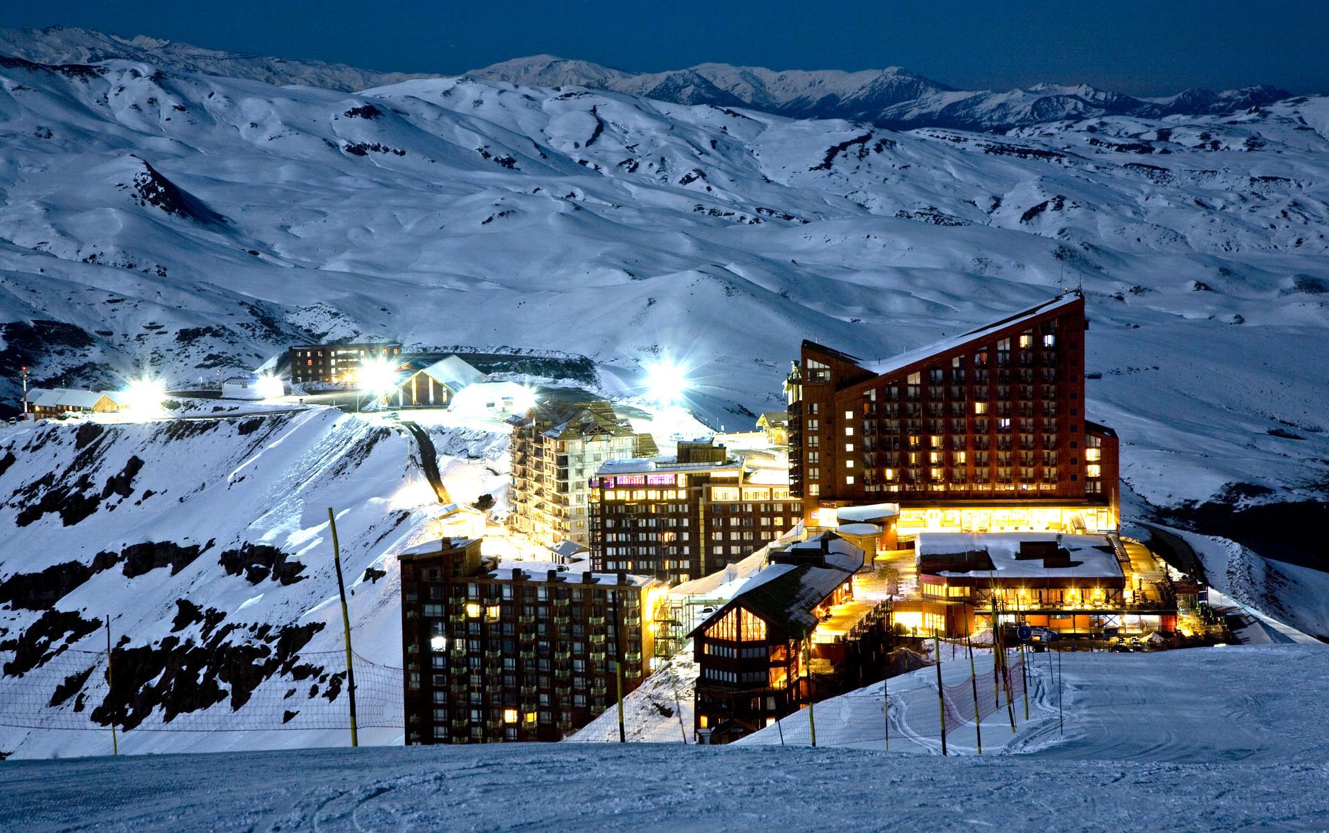 Vista panorâmica do complexo de esqui Valle Nevado: a apenas de 60 km de Santiago