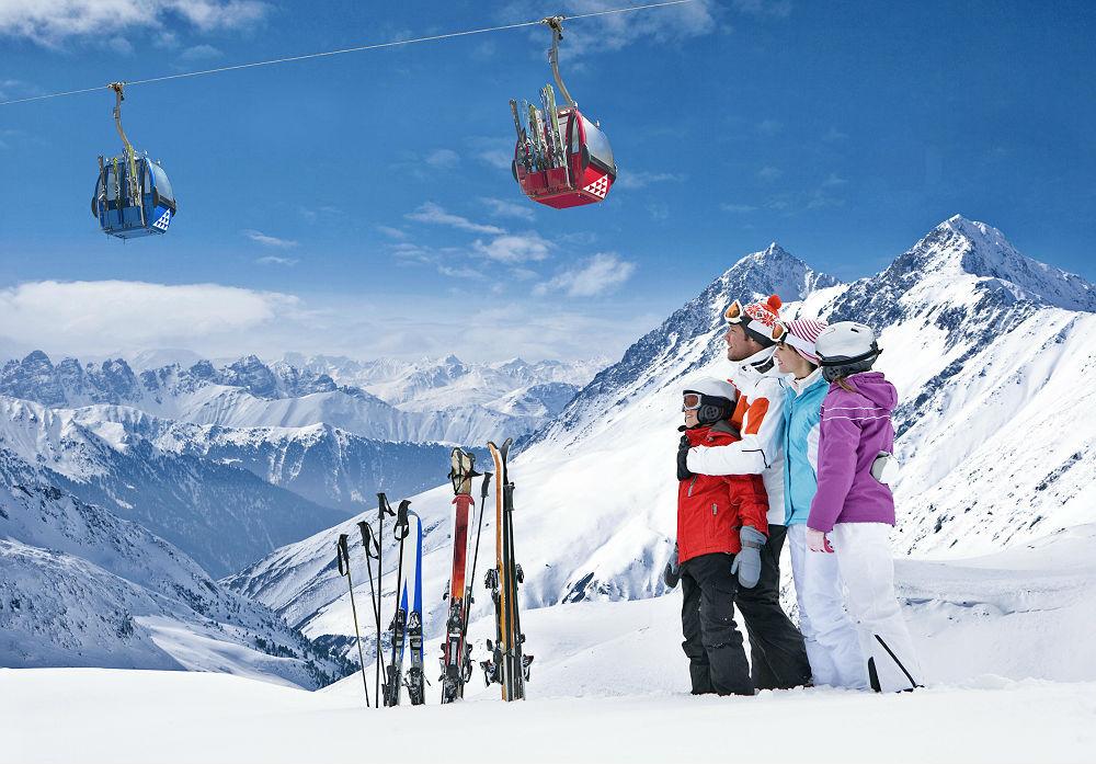 A maior estação de esqui da América do Sul distante 45km da capital chilena, Santiago, é perfeita para quem quer pernoitar ou passar o dia