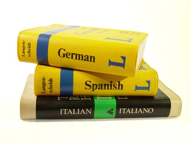 guidebooks-1425706-640x480