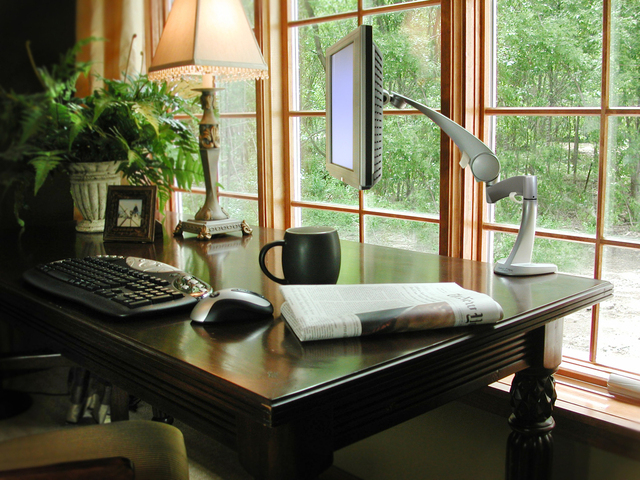 wireless-home-office-1240115-640x480