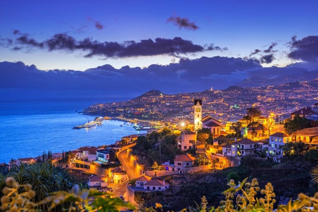 Funchal, na Ilha da Madeir: para quem busca um belo destino