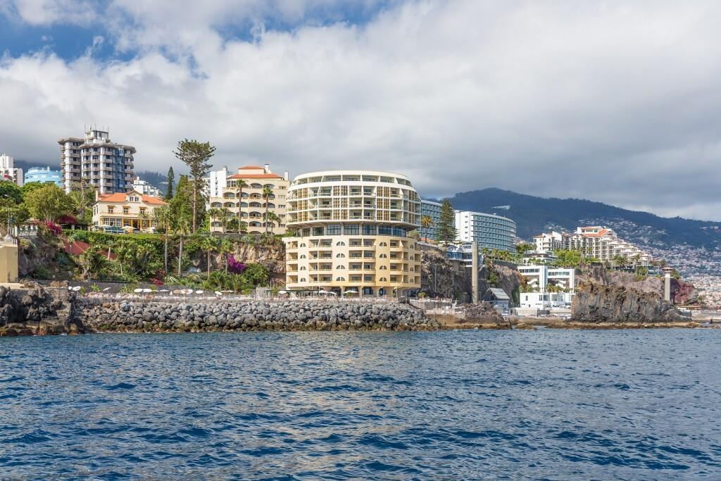 Avenida do Mar, em Funchal