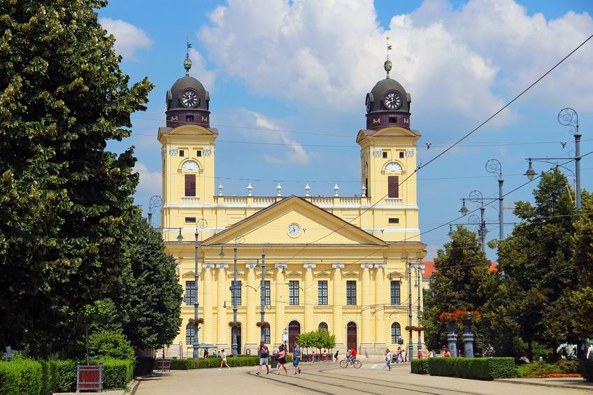 Vista da praça central de Debrecen