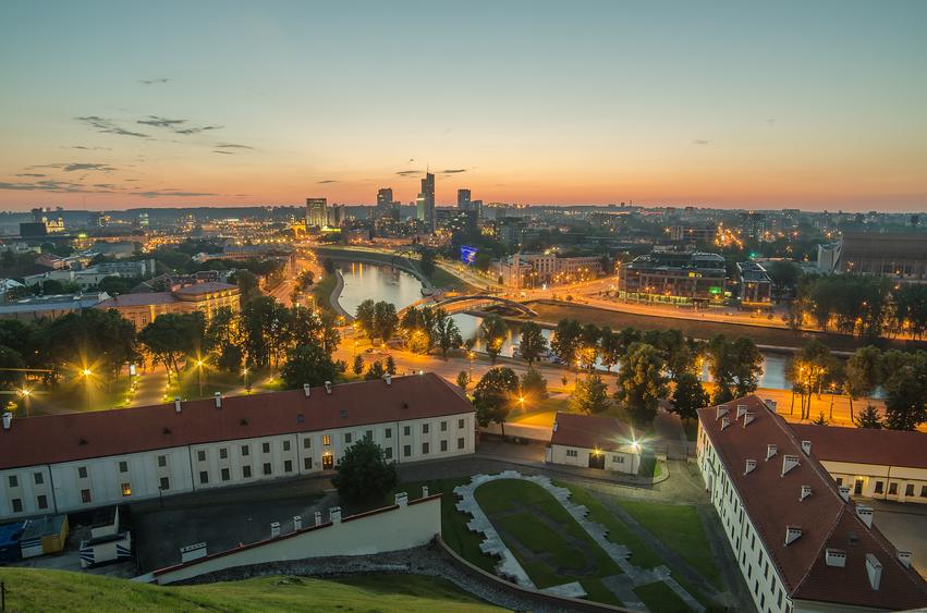 Vista aérea de Vilnius, capital da Lituânia