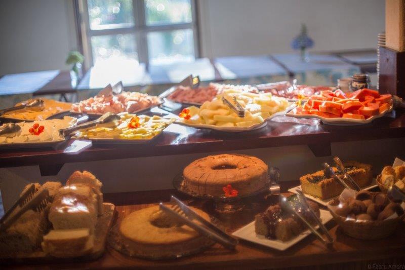 Todos os alimentos são feitos com produtos plantados no próprio hotel