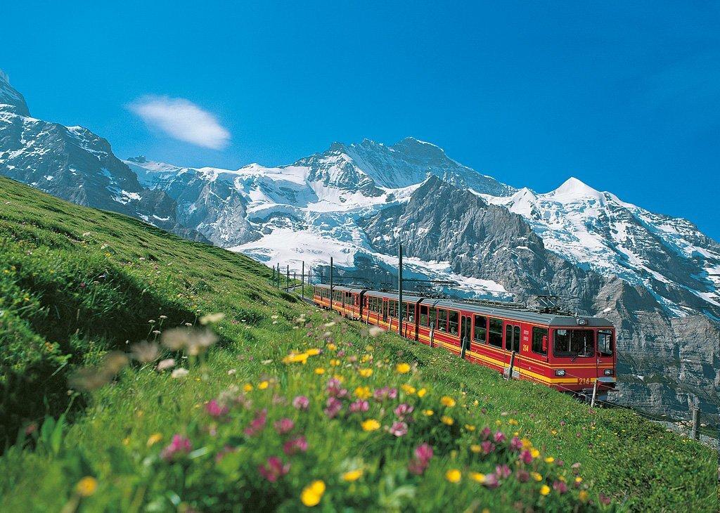 Trem que leva até o topo da Jungfraujoch, na região suíça de Interlaken, considerada o topo da Europa