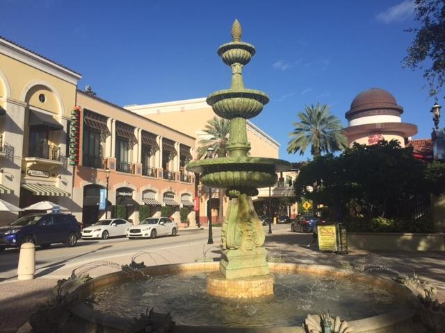 Praça charmosa em West Palm