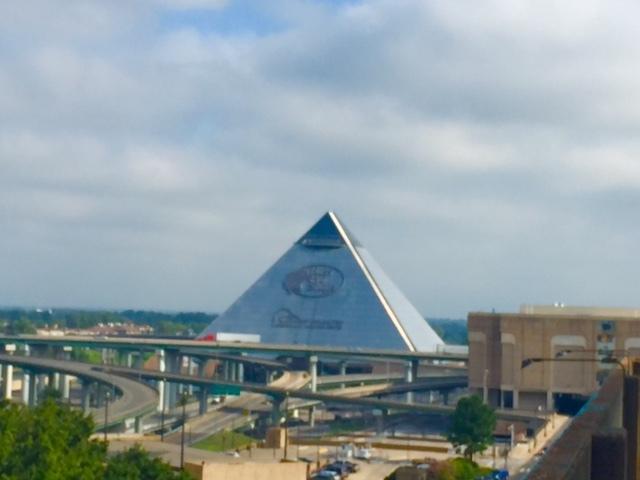 A Pirâmide de Memphis