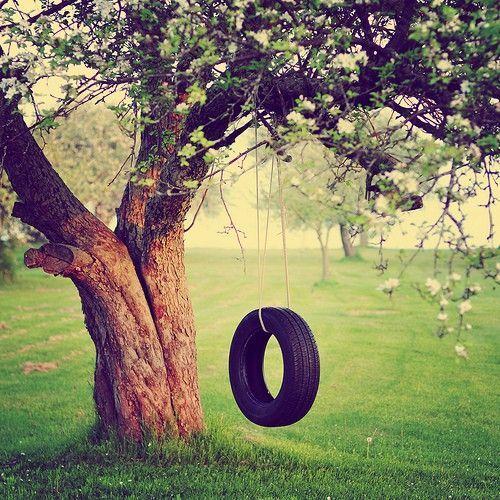 ideias para te inspirar a fazer um balan o com pneu velho. Black Bedroom Furniture Sets. Home Design Ideas
