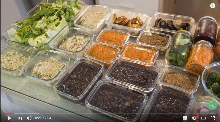 Alimentação saudável pode ser preparada previamente para semana toda