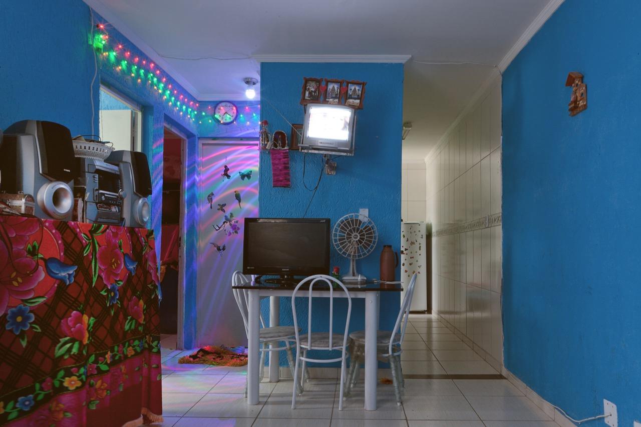 Fot Grafa Desmitifica Padr O Na Decora O De Apartamentos Populares -> Sala De Estar Apartamento Decoracao