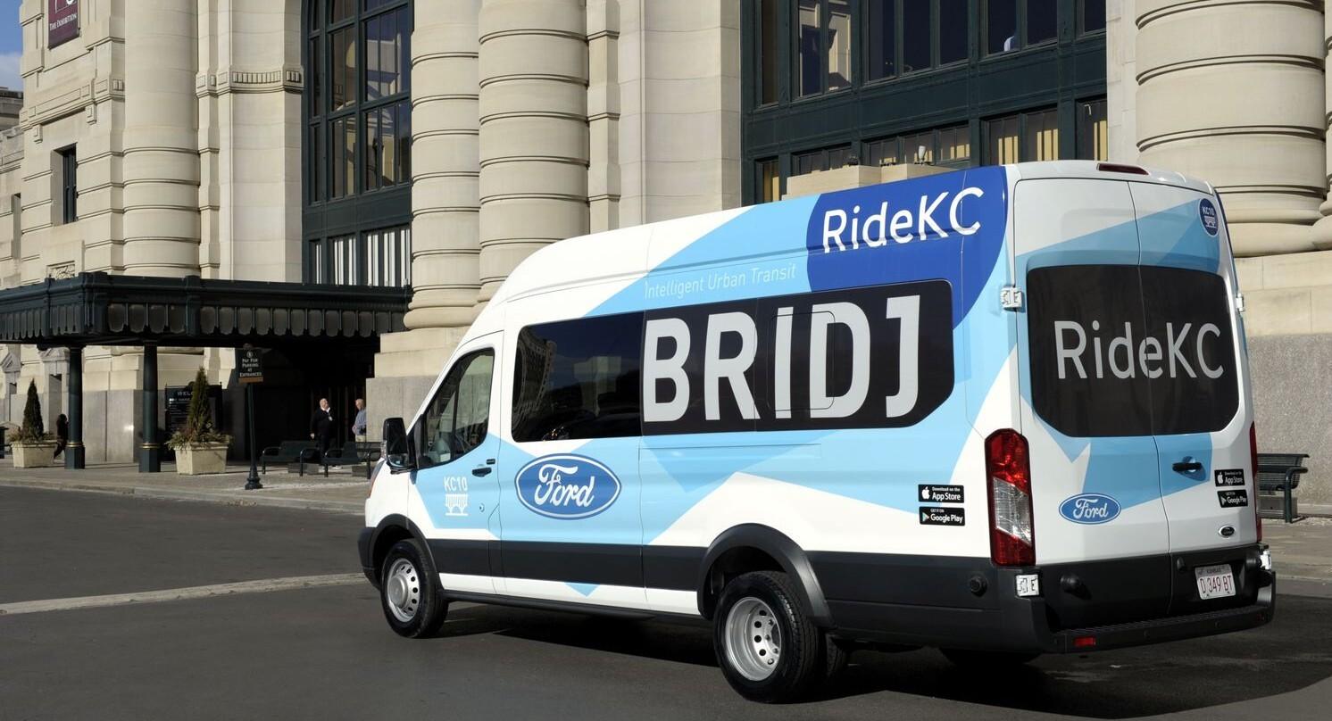 Ford inicia parceria para transporte p blico nos eua for Oficina transporte publico