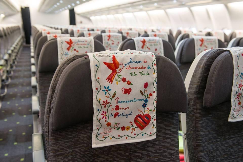 O tradicional bordado do Lenço de namorados coloriu a aeronave
