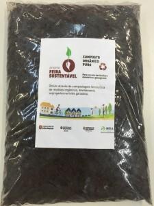 Serão distribuídos sacos com cerca de 1 kg de compostagem
