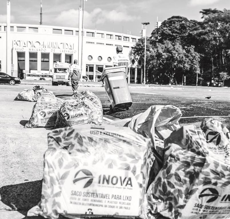 Trabalhadores da INOVA contam suas experiências em livro