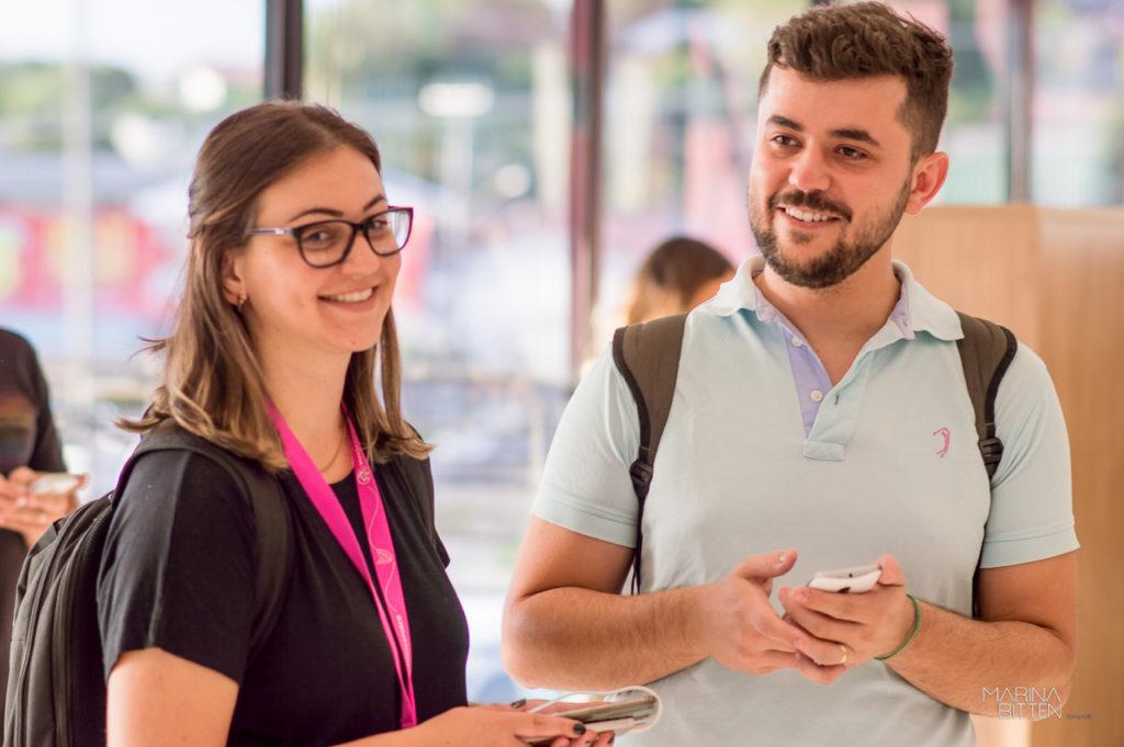 Fernanda Martins e Robson Mafra, criadores da plataforma Surdo para Surdo