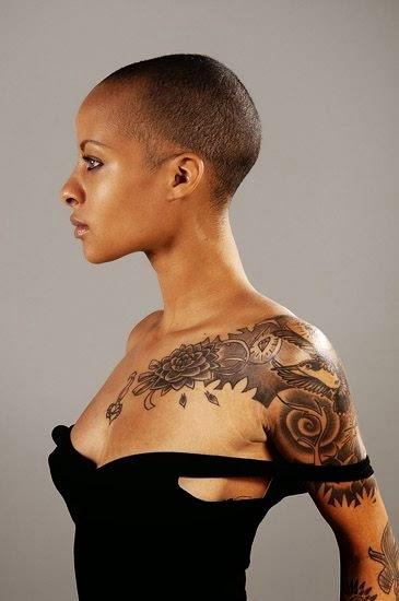 Inspira o tattoos em pele negra for Tattoo sleeve for dark skin