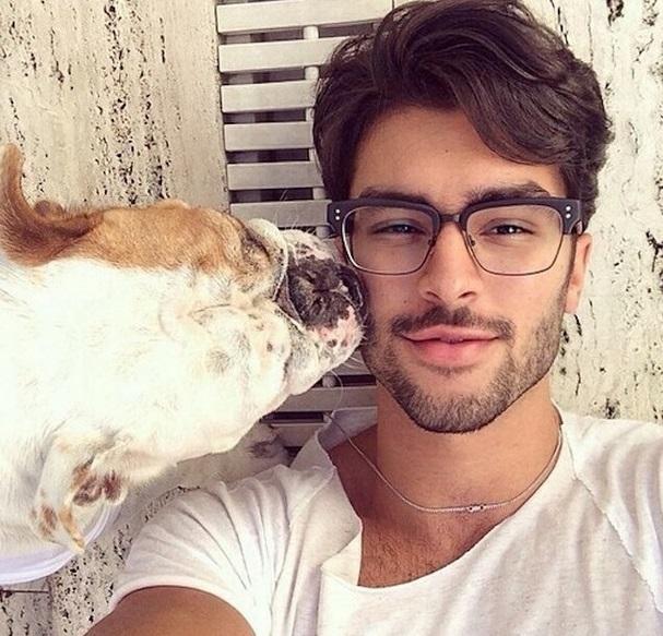Pinterest Best H: Instagram Reúne Fotos De Homens Bonitos Ao Lado De Seus