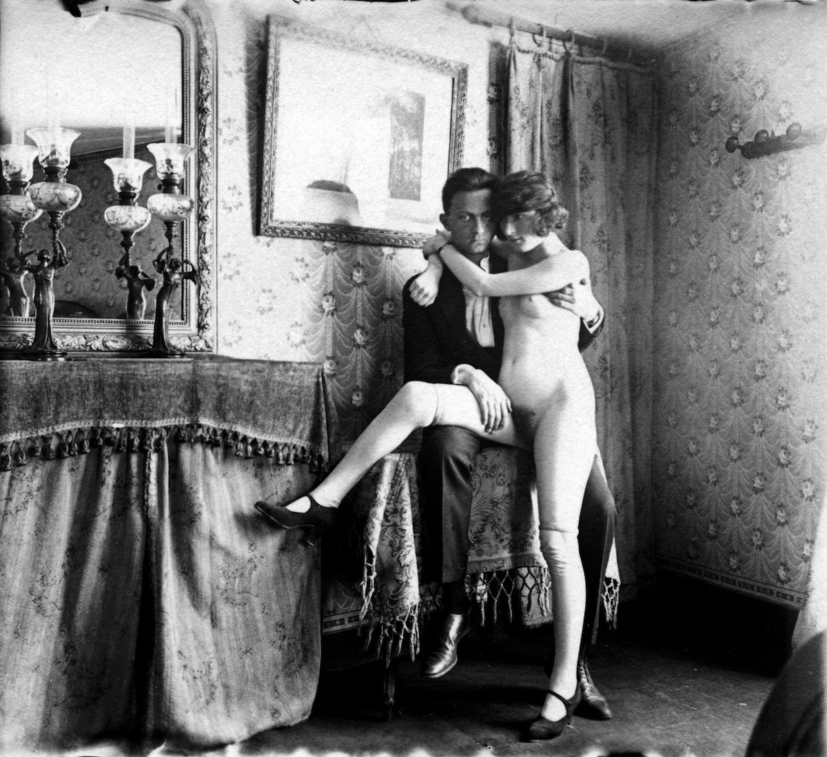 the-life-of-1930s-parisian-prostitutes-440-body-image-1424802157