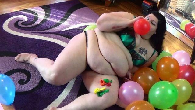 mulher-masturba-comida (6)