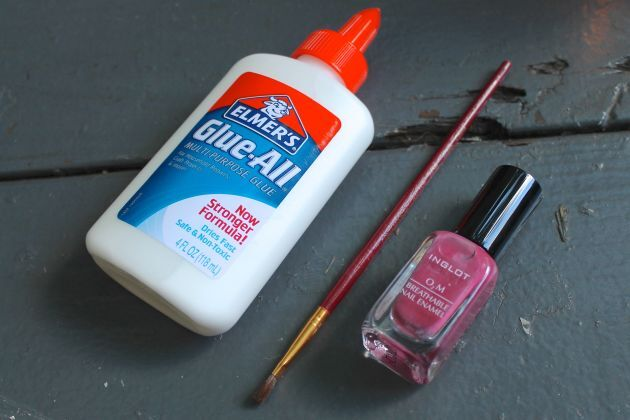 Tutorial ensina como não borrar esmalte (Imagem: Divulgação)