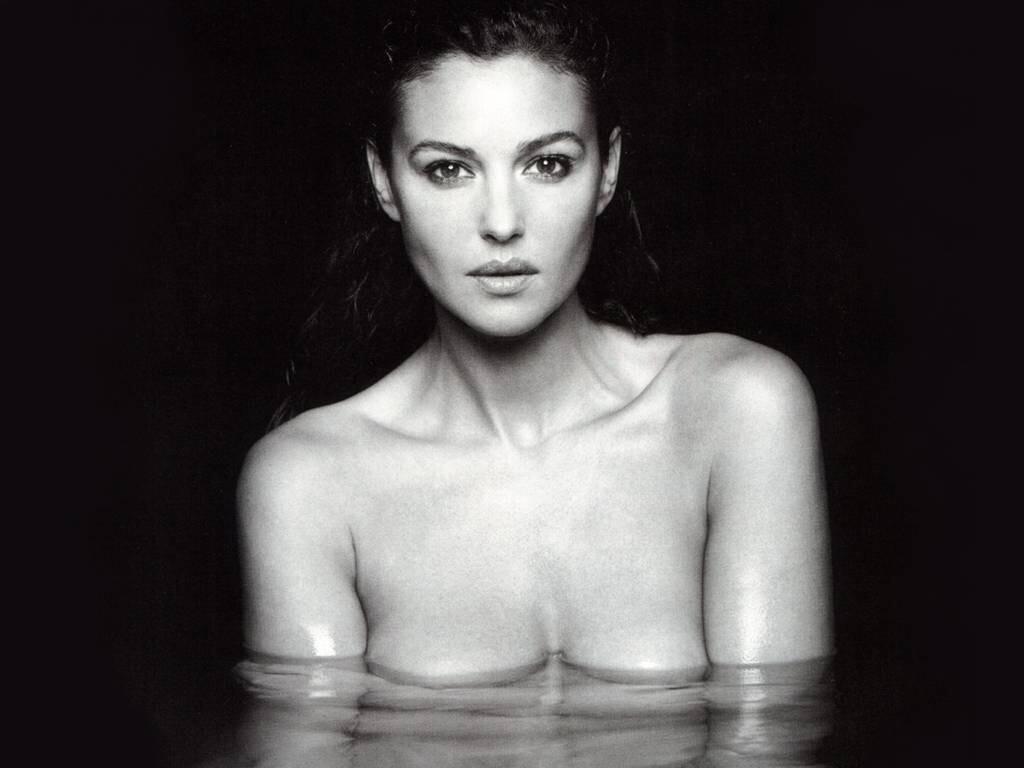Monica Bellucci - Nasceu em 30 de setembro de 1964