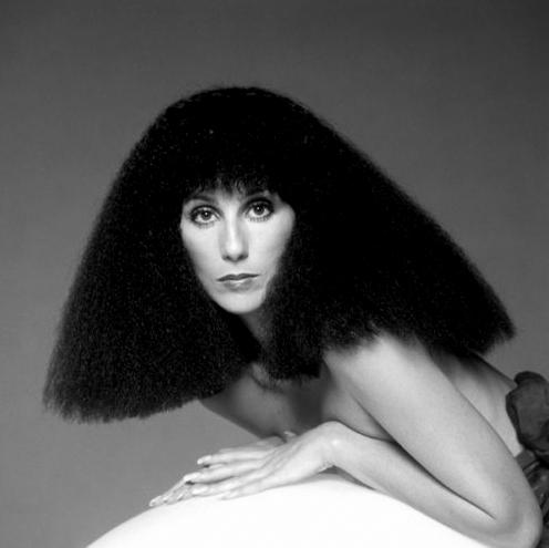 Cher desnuda a los 60