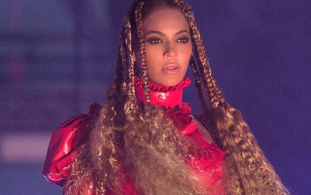 A ex-vice-governadora de Nova York acusou Hillary Clinton de hipócrita por gostar das músicas da Beyoncé