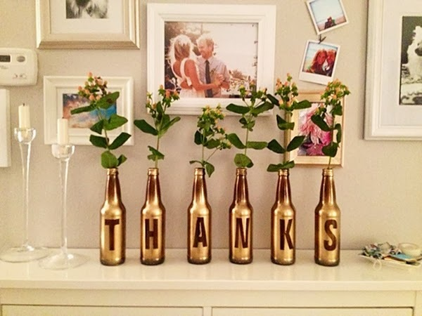 decoracao casamento garrafas de vidro:30 maneiras para reutilizar garrafas de vidro na decoração da casa