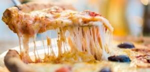 Compre uma pizza grande por R$19,90